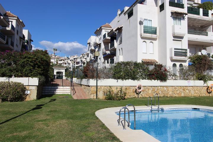 image te koop Nueva Andalucia gelijkvloerse verdieping